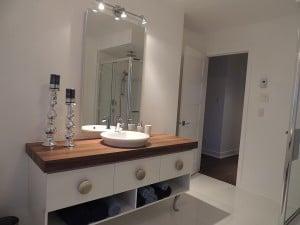 vanit salle de bain contemporain maison mod le lachute construction jean charles lalande. Black Bedroom Furniture Sets. Home Design Ideas